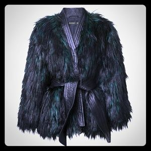 💕Balmain x H&M Faux Fur Coat💕
